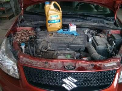 Замена масла японского автомобиля Suzuki SX4