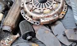 depositphotos_125661586-stock-photo-old-used-dirty-car-parts