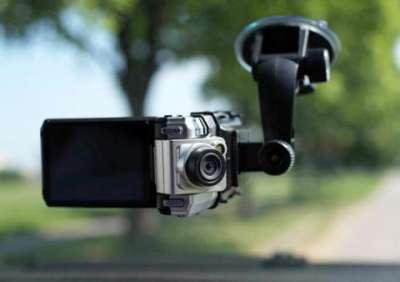 Лучший помощник на дороге - видеорегистратор